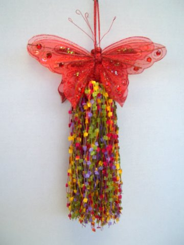 Create large lush gorgeous tassels using My Own Fringemaker!